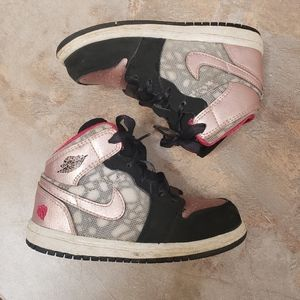 Nike air Jordan high top shoes